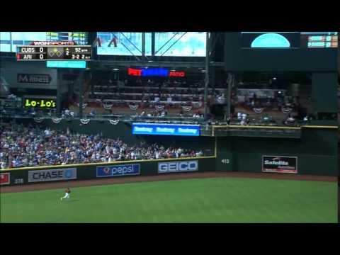 CHC@ARI: Jake Arrieta hits long homer to center field