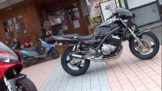 可愛い女性ライダー BALIUSII  Kawasaki バリオスII