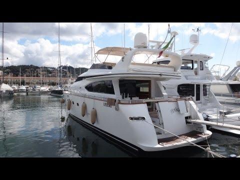 Yachtüberführungen Navismare | La Spezia - Livorno  | Motoryacht
