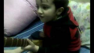 Chitrali Kid (Shahzaib Majeed Khan) singing !!!!
