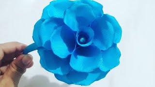 Aprenda a Fazer uma Linda Flor Para Colocar em Tiara