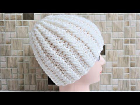 Вязать спицами женская шапка