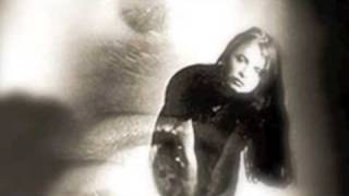 Hope Sandoval & The Warm Inventions - Blue Bird
