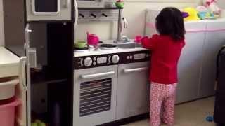ままごと遊び☆KidKraft☆Uptown Espresso Kitchen☆キッドクラフト☆リアル ☆キッチン☆本物そっくり☆Role Play Toys KidKraft ☆Pretend thumbnail