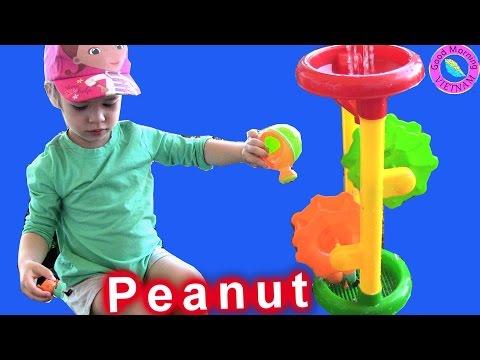 """Đồ Chơi """" Bánh Xe Nước"""" -  Bé Peanut Gia Đình Heo Sữa Peppa Pig Muddy Buddle Water Wheel Toys"""