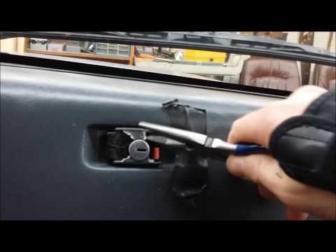 how-to-open-a-locked-or-stuck-jeep-glove-box