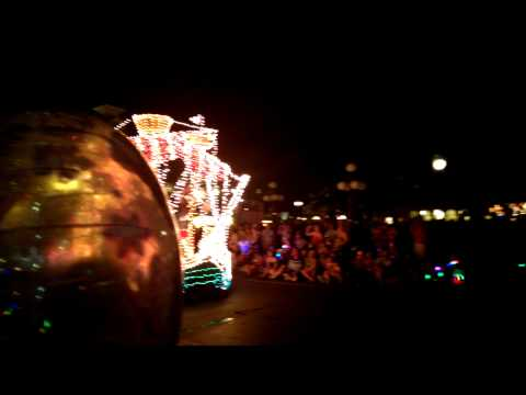 Disney World Vacation 2014 The Main Street Electrical Parade