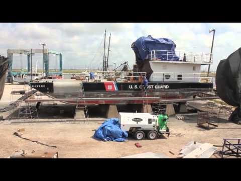 Dustless Blasting for Marine Maintenance