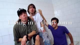 Clean up before she comes - Nirvana (Lyrics)