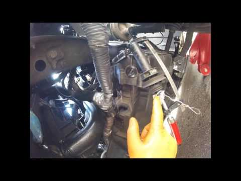 How To Pump The Clutch Of A Chrysler Dodge/Как прокачать сцепление Chrysler Dodge