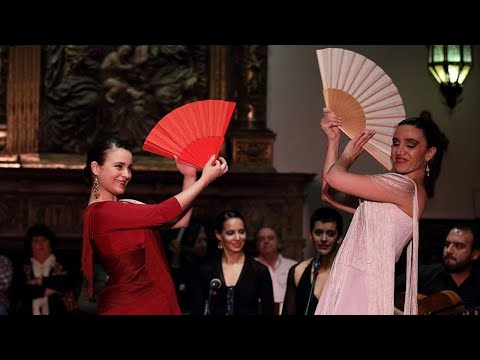 "<h3 class=""list-group-item-title"">Espectáculo ""de los Clásicos a la luz del #Flamenco""</h3>"