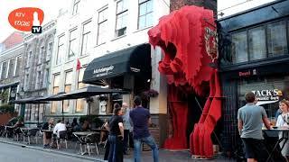 De steegjes in de binnenstad van Zwolle zijn tijdelijk ware kunstwerken
