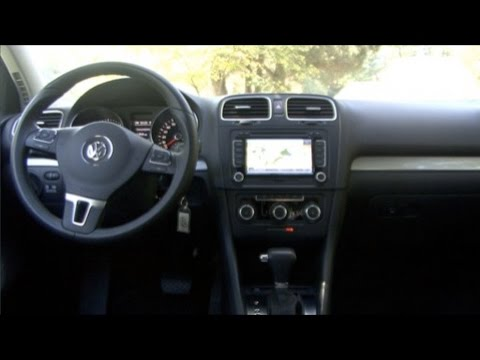 2010 volkswagen golf interior features youtube. Black Bedroom Furniture Sets. Home Design Ideas