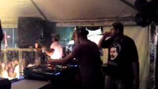 DJ Kuyken /mc Gabriel Santos / DJ Finx @ Lustig Phagwa fest.
