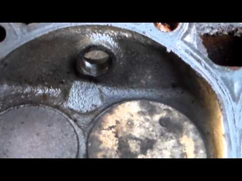 Remove heads from 1977 Chevy 350 part 1