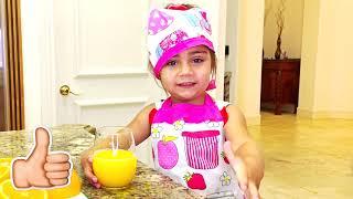 Mia làm đồ ăn sáng như người mẹ cho Nastya và Artem