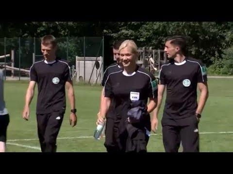 Erste Schiedsrichterin: Bibiana Steinhaus ist bereit für die Bundesliga