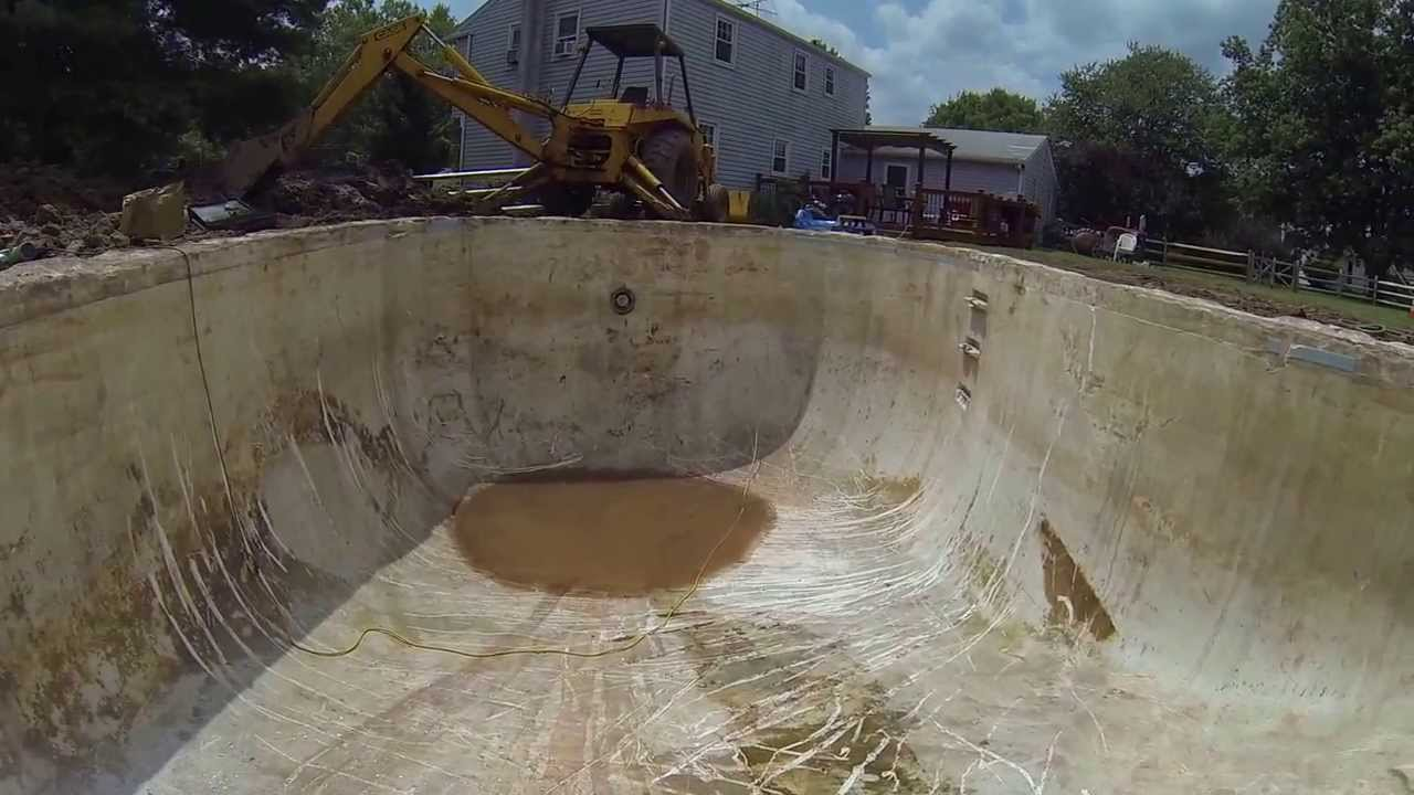 Swimming Pool And Un Digging A Pool Buried 20 Years Ago
