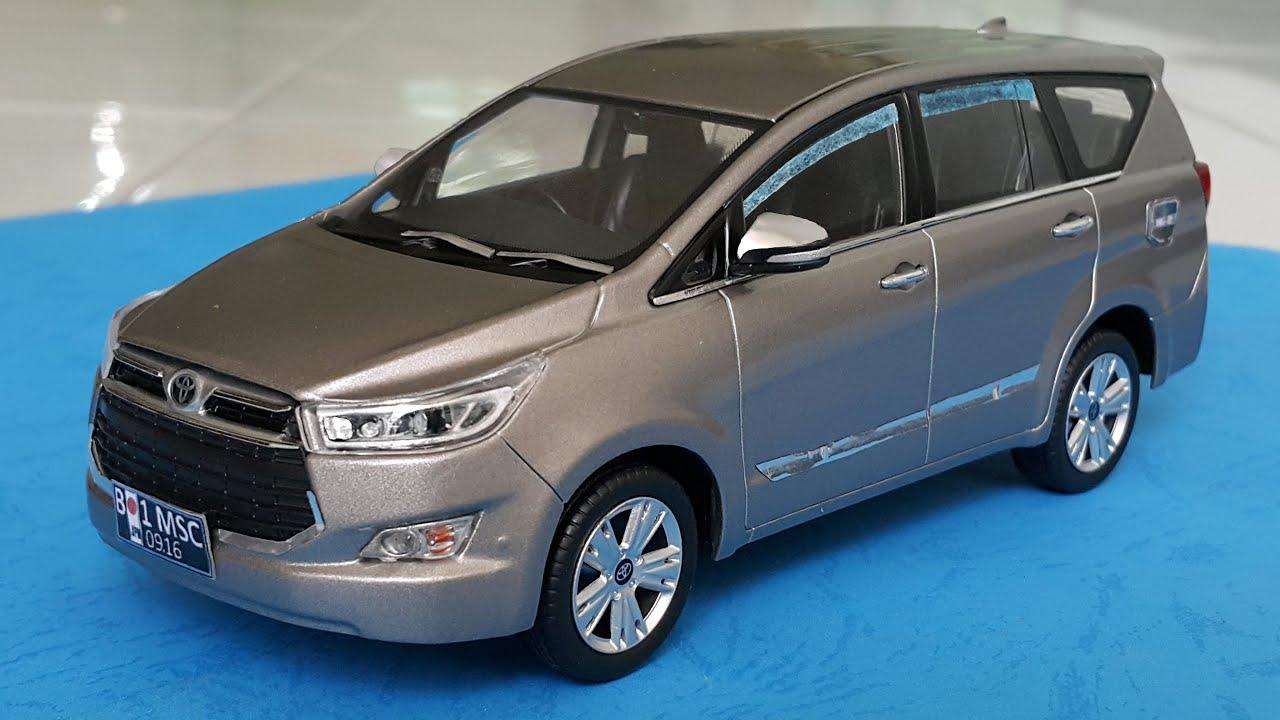 Custom Toyota Innova 2016 DieCast Car 1:32 - YouTube