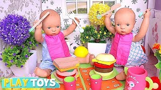 Petitcollin Baby Dolls Play Picnic and Food Toys Inside the Doll House! 🎀 cooking