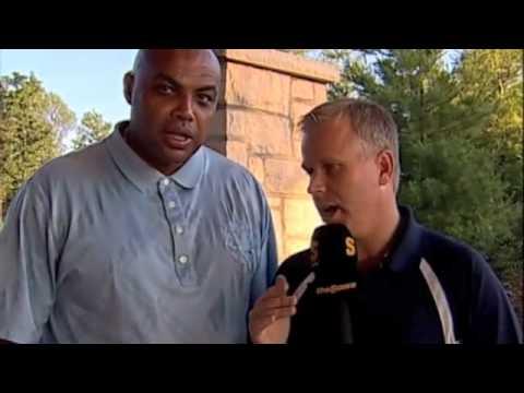 Gerry Dee interviews Charles Barkley