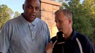 Gerry Dee interviews Charles Barkley