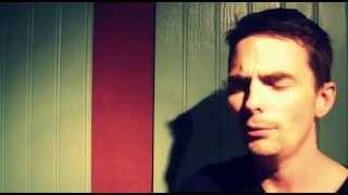 Christopher Eccleston Impression: 'The Turn of the Earth'