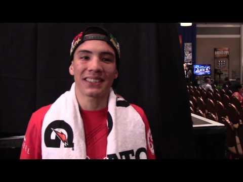 Oscar Valdez post-fight interview, Pacquiao autograph/photo comments