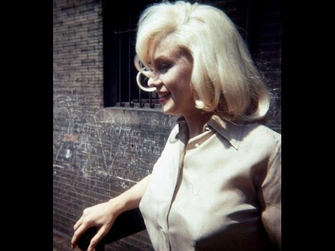 """Rare Footage Of Marilyn Monroe Costume tests """"The Misfits"""" -  """"I Don't Like To Rush This Process"""""""