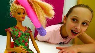Игры для девочек - Барби собирается на свидание с Кеном