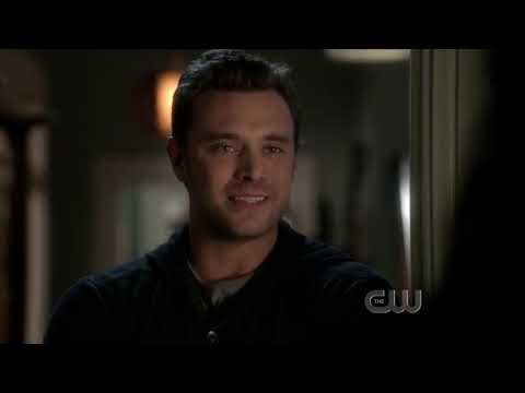 Download Ringer S01E10 1x10 Season 1 Episode 10 That's What you Get for Trying To Kill Me Sarah Michelle