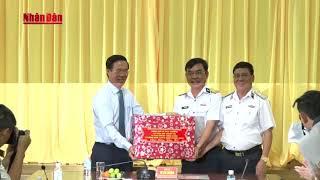 Đồng chí Võ Văn Thưởng thăm, tặng quà Tết Vùng 2 Hải quân và gia đình chính sách tỉnh Đồng Nai