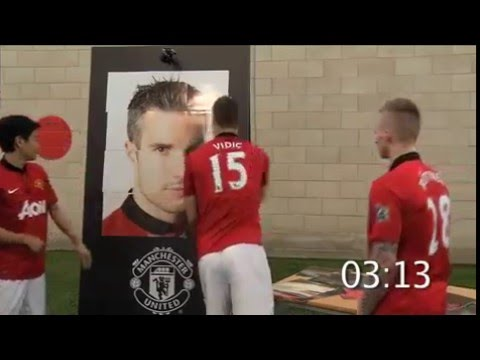 Robin van Persie in Manchester United Puzzles game Nemanja Vidic Part