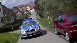 4 Minuten Verfolgungsjagd Polizei vs. Roller - German Scooter Police Chase