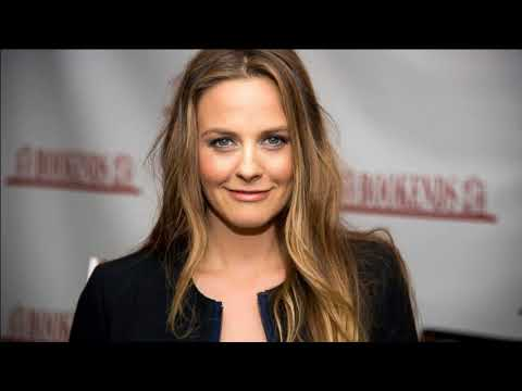 Alicia Silverstone Interview - The Kind Life