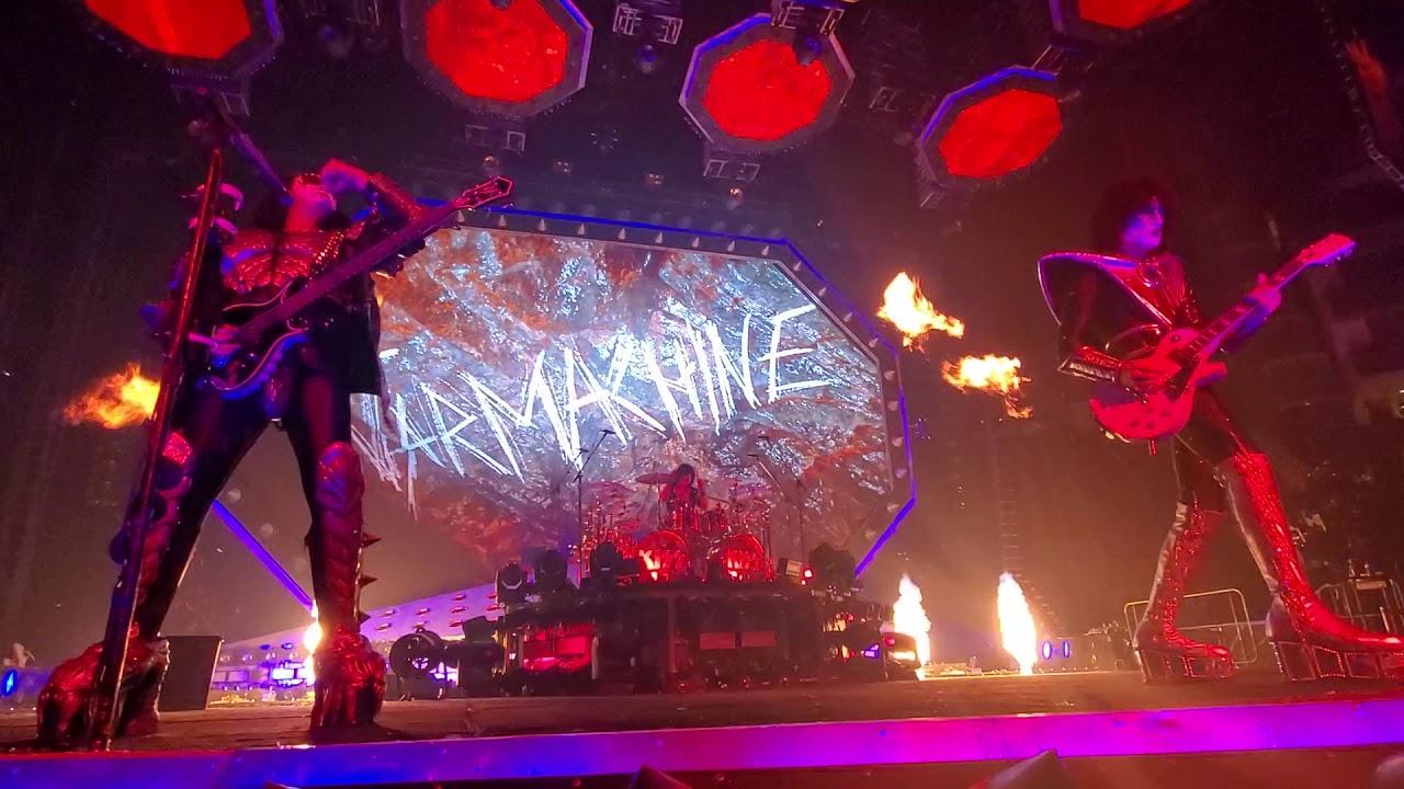 KISS — War Machine in Houston