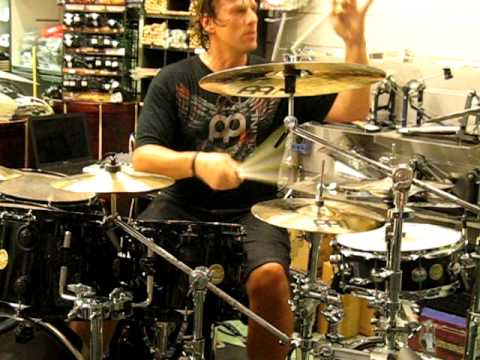 Thomas Lang live in Cherubini Music Store (Rome/Italy) June, 28th 2010 drum clinic: pedals & sticks