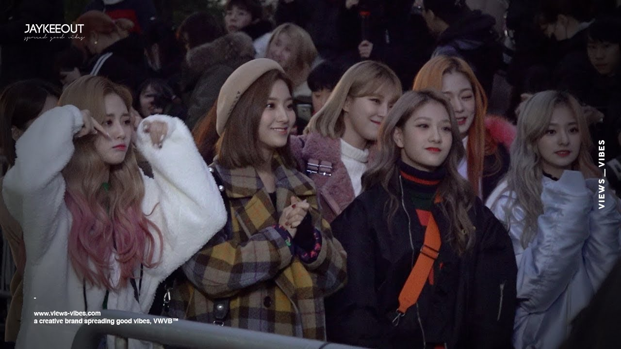 🇰🇷 KPOP fan culture 'on the way to music bank' (ft  TWICE, fromis_9,  ect), JAYKEEOUT x VWVB™
