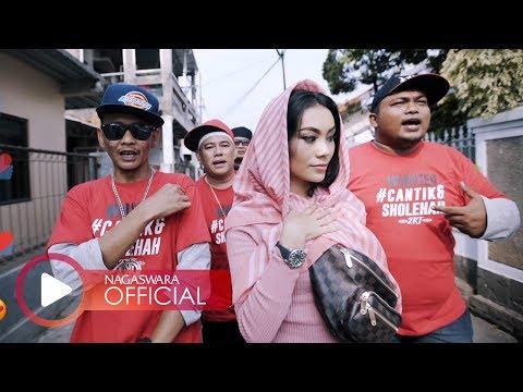 2RT - Cantik & Sholehah ft. Ugho & Grey (Official Music Video NAGASWARA) #music