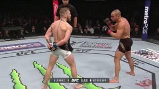 Conor McGregor humilha Americano e faz história , conquista o segundo cinturão no UFC confira