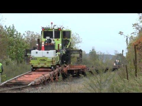 Loading CSX MOW Equipment On Train