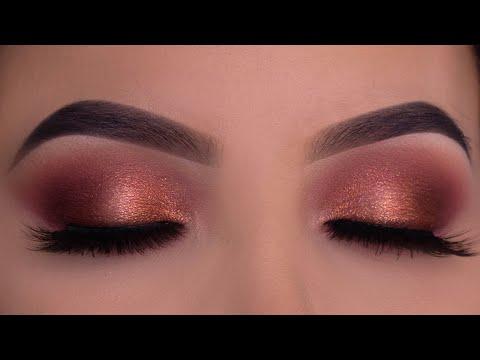 Soft Wearable Holiday Makeup Tutorial thumbnail