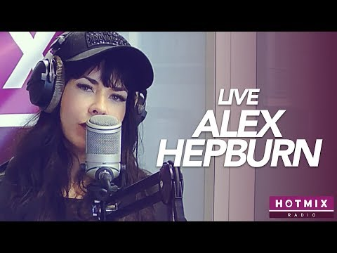 Смотреть клип Alex Hepburn - Take Home To Mama