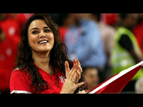 Preity Zinta Celebrating with KXIP after Kings Xi Punjab vs Delhi Daredevils 2017 Match