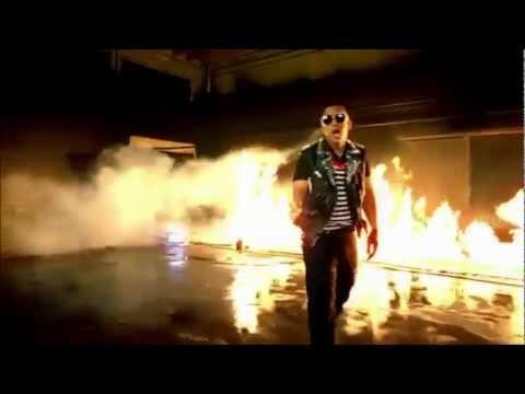 Daddy Yankee Ft. Prince Royce - Ven Conmigo (Official Video)