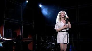 Patricia van Haastrecht - Shallow - RTL LATE NIGHT MET TWAN HUYS
