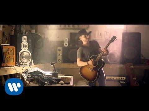 """Brett Kissel - """"Airwaves"""" - Official Music Video"""