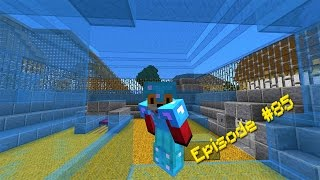 Minecraft -  SLEEPING IN A HAMSTER BED - Foxy's Survival World [85]