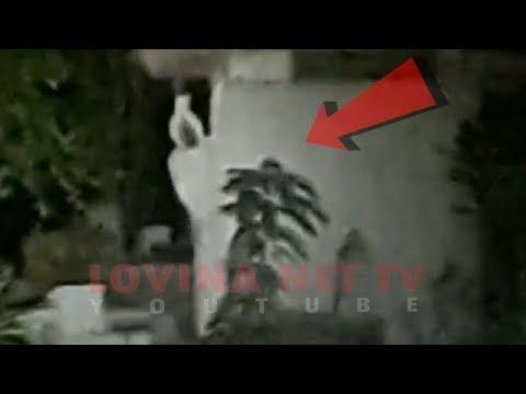 Uji Nyali ditengah Kuburan di intip Pocong [ Melawan Takut #5 ] thumbnail