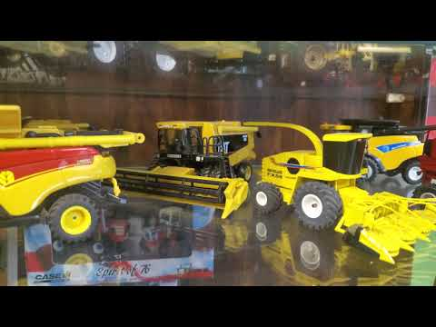 1/64 Custom Tractor Display Case Tour